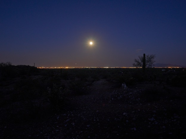 Moonrise over west Phoenix